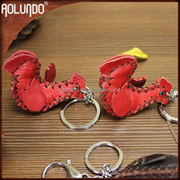 China wholesale fashionable genuine leather custom metal buy keyring
