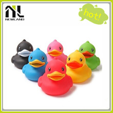 2015 Colorful floating rubber ducks wholesale
