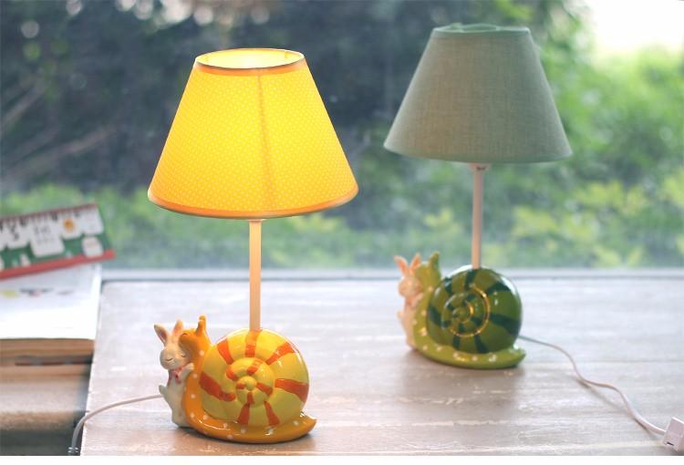 Roogo lámpara de mesa moderno diseño simple caracoles de dibujos ...
