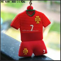 custom made Souvenir T shirt keychain 3D world cup football team shirt keychain suit keychain suppliers
