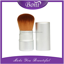 Wonderful retractable brush with synthetic hair