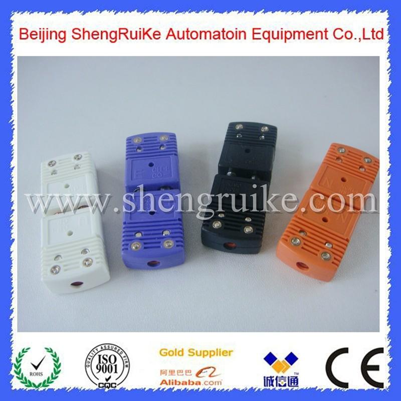E Type Standard Thermocouple Plugs.jpg
