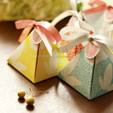 2015 Custom wholesale wedding favour boxes paper Material luxury chocolate boxes packaging