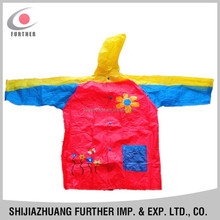 R-1021-1017 promotional toxit free pvc vinly emergency beautiful pink cartoon child rain lengthened cap free patterns ponchos