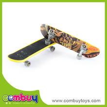 cheap promotion gift plastic finger mini skateboard toy