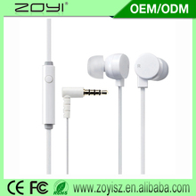 Focus on plastic in ear headphone with great price