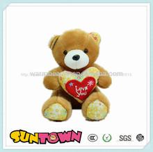 Día de san valentín de animales juguetes oso de peluche con corazones, oso con corazón para el día de san valentín