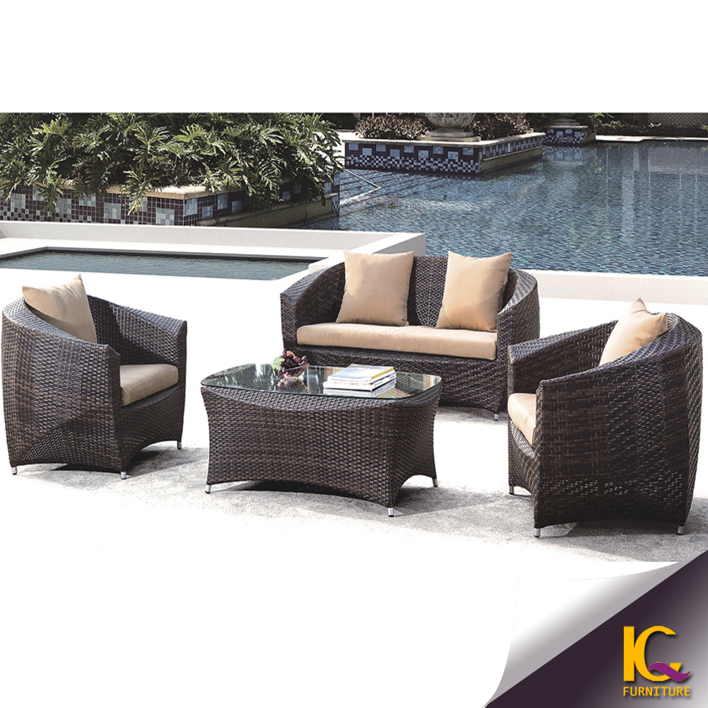 Long lasting garden furniture new design rattan sofa for Outdoor furniture quad cities