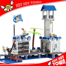 Baby educational toys online shopping site plastic building block bricks abs pirate game Navy podium headquarter 87012