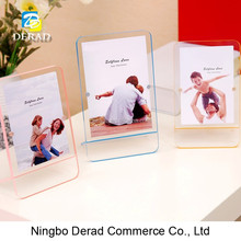 New Style Hot Acrylic Photo Picture Frame with Magnetic Acrylic Photo Frame Factory