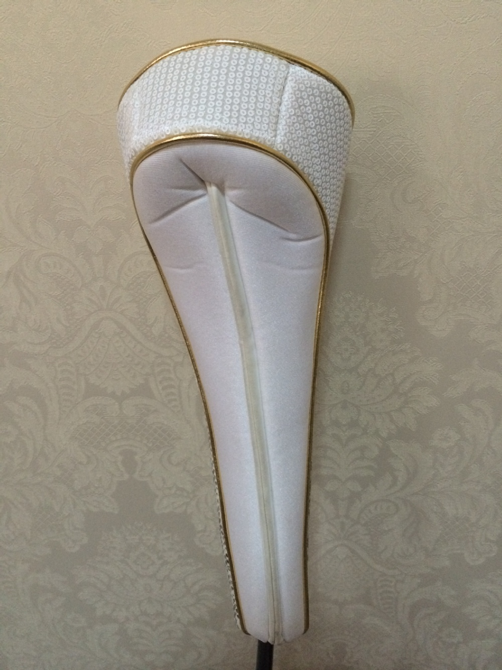 Exclusive classic pearl white golf head cover