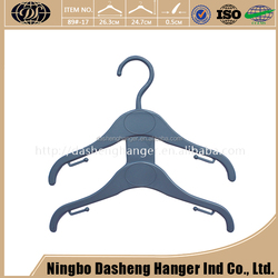 Custom Hot Selling Strong Thick Plastic Clothes Reasonable Price High Impact Plastic Hanger