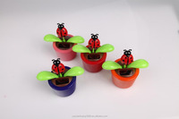 newly design solar beetle and flower solar swing flip flap dancing flowers, car decorative gift sun doll factory wholesale