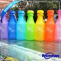 garrafa de plástico para suco de frutas