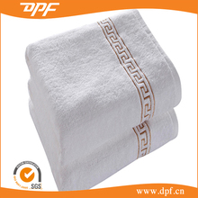 Popular personized velour bath towels designer for adult hotel