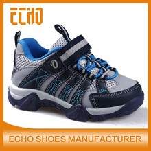 high quality casual comfortable sneakers with velcro outdoor shoes for kids