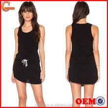 Venta caliente sin mangas mujeres tenis correa del vestido vestido venta al por mayor
