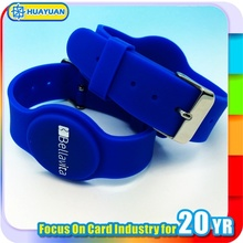 Laser process of Logos Low frequency 125khz EM TK4100 proximity rfid silicone wristbandfor club SPA membership management