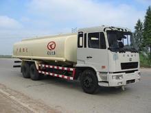 Doble ejes traseros Petróleo y Cisterna Re-combustible de camiones