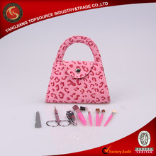 Refine 8 pcs manicure and brush set in mini pinky handbag