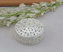 Wholesale fashion silver pearl jewelry box,sweet round crystal metal jewelry box,for ladies wedding gift