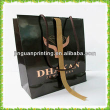 top sale 100% creative eco-friendly paper shopping bag with handle for clothes made in china