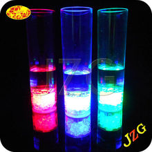 China party manufacturer plastic juice bottles wholesale plastic juice cup led light drinking glass