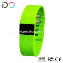 China New Innovative Product Bluetooth Fitbit Charge Activity Tracker Fitness Band with Sleep Monitor
