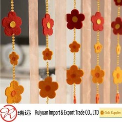 Alibaba China Fashional Beautiful felt flower as curtain design