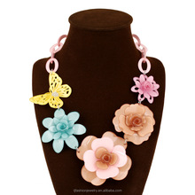 Fashion hot selling necklaces multicolor butterfly acrylic flower shaped pendant necklaces low prices jewelry/