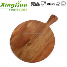 wood round pizza cutting board