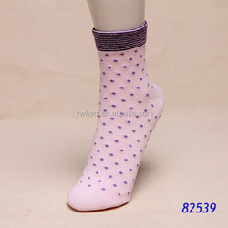 100% cotton pink cute sex young girl socks wholesale sheer socks with dot
