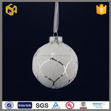 Popular white beads personalized blown christmas glass ball crafts