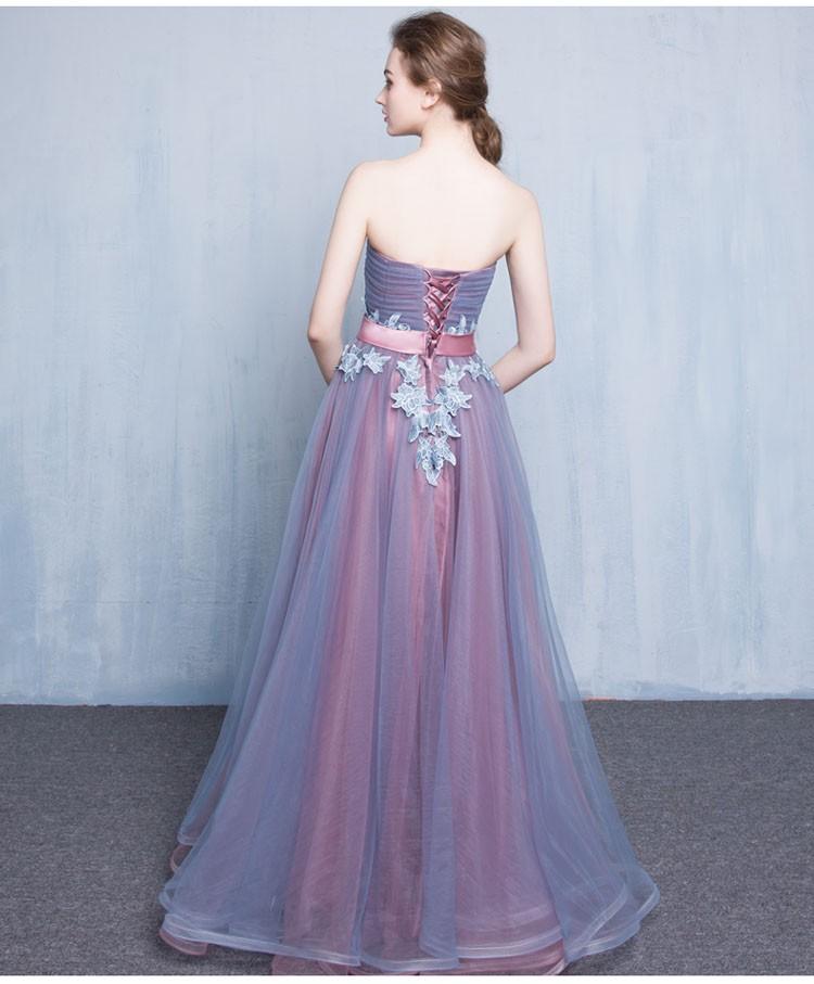 Платье сиськи
