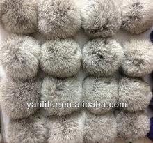 venta al por mayor chestest plus de conejo de peluche de piel de pompones en piel animal 8cm