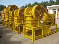 The latest technology new type small diesel engine jaw crusher equipment