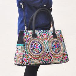 woman shoulder bags ethnic bags