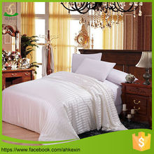 Light warm bed lined set