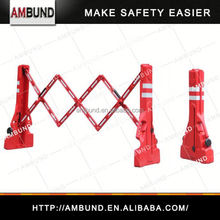 Expandable removable fence post for safety