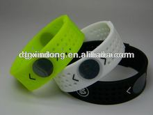 Brilliant absorbing bracelet ,China mould