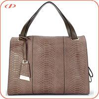 Embossed leather handbag distributors in china