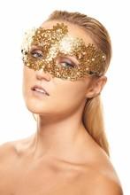 "JSR-047 Yiwu Caddy New!! Alluring Gold ""Flora"" Laser Cut Masquerade Mask with Swarovski Rhinestones"