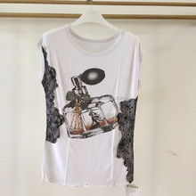 Ladies sleeveless plus size fashion lace applique perfume bottle printed t-shirt