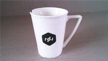 """V""shape black logo printed white mug"