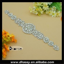 2015 New Design Silver Beaded Applique Crystal Appliques For Wedding Dresses DH-909