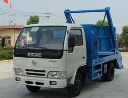 small Dongfeng roll-off garbage truck for sale