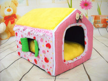 2015 new wholesale cartoon plush house for dogs pet bed