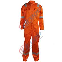 de algodón ropa de trabajo en alta mar