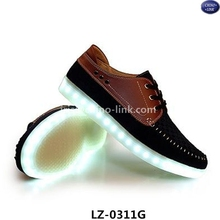 Hot sale men led light shoes sneakers casual deck shoes for adult