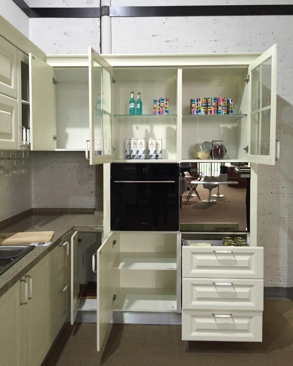 Keukenkast glazen ontwerp - Moderne keukenkast ...